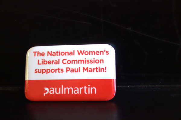 National Women's Liberal Commission supports Paul Martin button