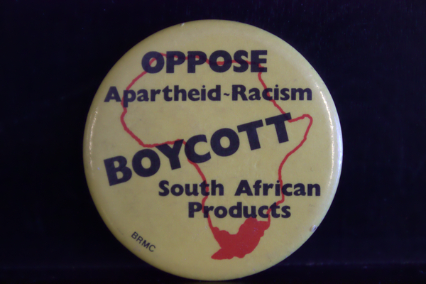 Oppose apartheid racism button