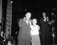 Lester Pearson : Massey Hall meeting