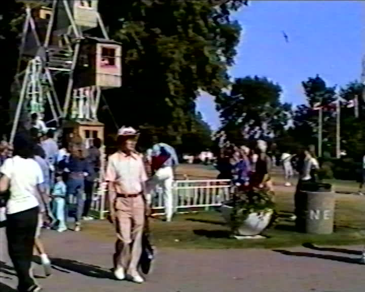 Jabbar family videos : America/Canada Visit Sep 89 Family Video : part 4 of 4