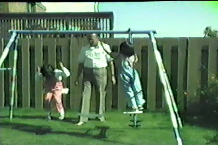 Jog family videos : swing set