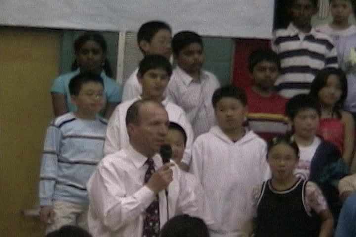 Long family videos : school recital : singing and speech
