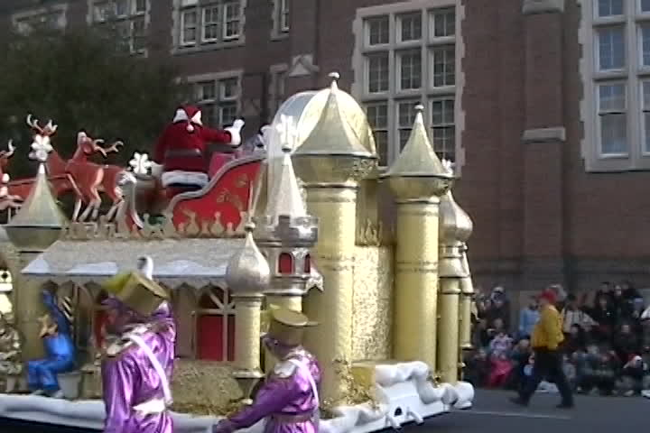 Long family videos : Santa parade
