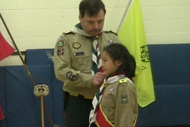 Long family videos : Scouts Canada pledge and badges