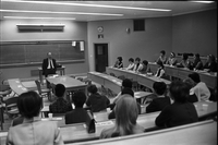 London, Ontario. : U. of Western Ont. Course for Wives of School of Business Administration Students