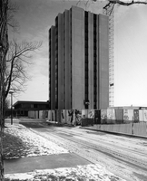 Development of campus buildings : Vanier residence under construction project no. 371
