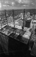 Toronto Dominion Tower : Topping off tower