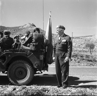 Cyprus : Maj. Gen. Carlos Chavez with Can. Troops [not used]