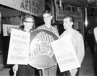 Hamilton, Ont. : Picketers outside committee rooms of Russell Reinke [not used]