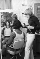 Hairdressing : Haircutting place, unisex salon